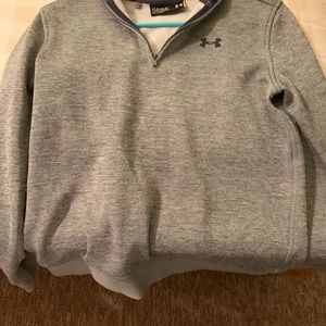 Under Armour Sweaters - Boys youth fall/ winter sweaters